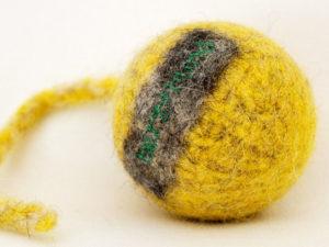 Schleuderball für Hunde - Bio-Filz in Gelb