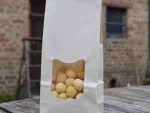 Glutenfreie Hundekekse mit Kokos in Paperwise-Tüte