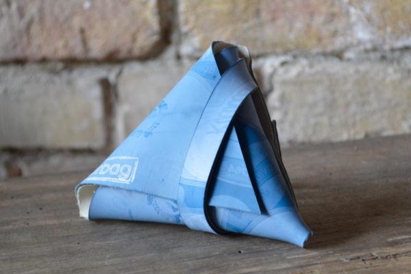 leckerlitasche fairbag blau dreieckig 03