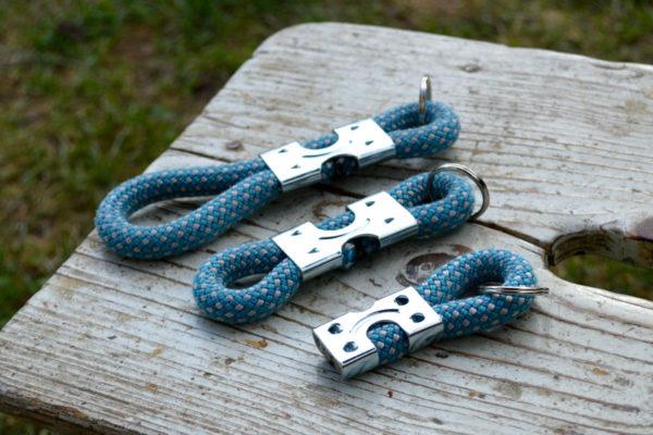 schluesselanhaneger-ropes-upcycled-blau-weiss-drei-groessen